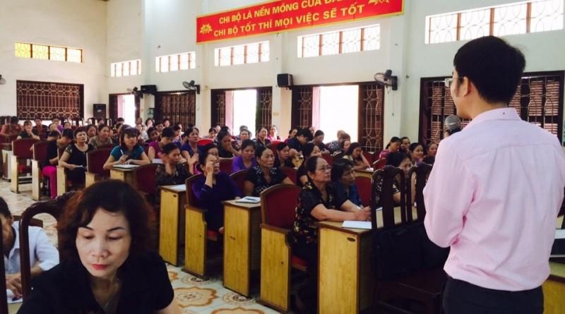 Các đại biểu tham dự lớp tập huấn tích cực trao đổi thảo luận