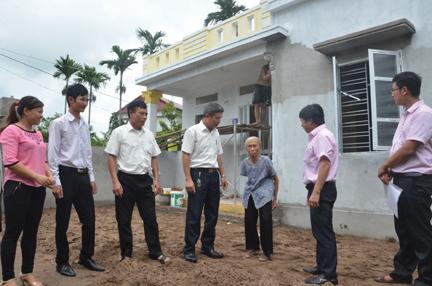 Căn nhà mới khánh thành của cụ Phạm Thị Luyên sử dụng  vốn vay từ chương trình.